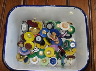 button thumbtacks