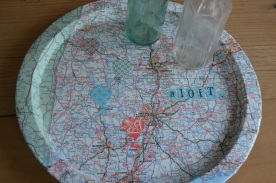 serving tray w/vintage map